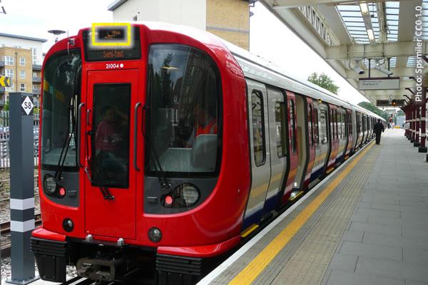 Metropolitan Line train